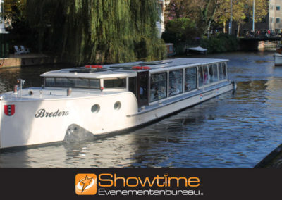 Rondvaart door de grachten van Amsterdam it's SHOWTIME Evenementenbureau
