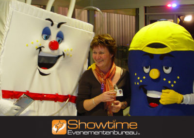 Typetjes inzetten als entertainment tijdens een opening it's SHOWTIME Evenementenbureau